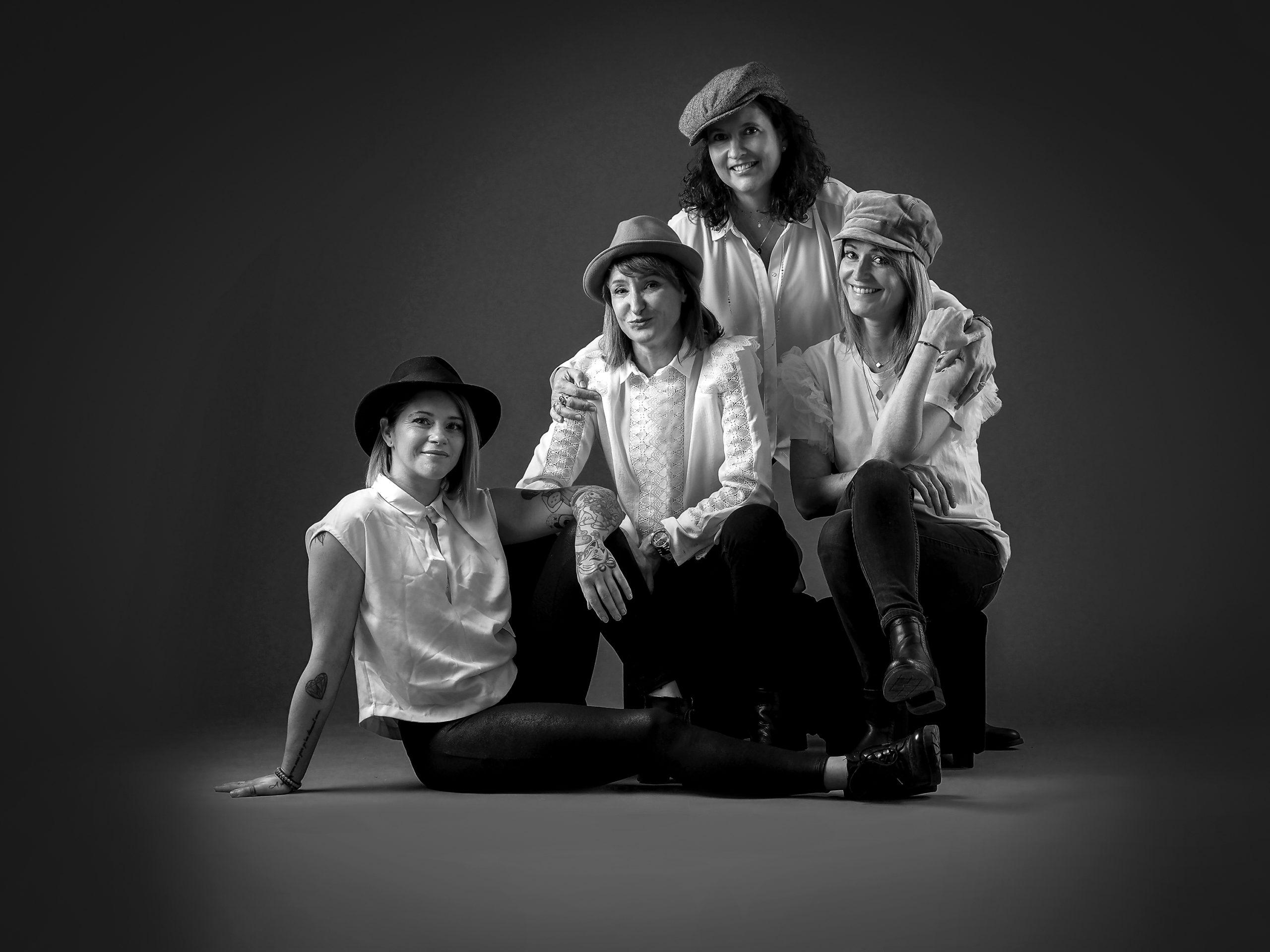 Sensivia-photographe-portraitiste-groupe-entre-amis